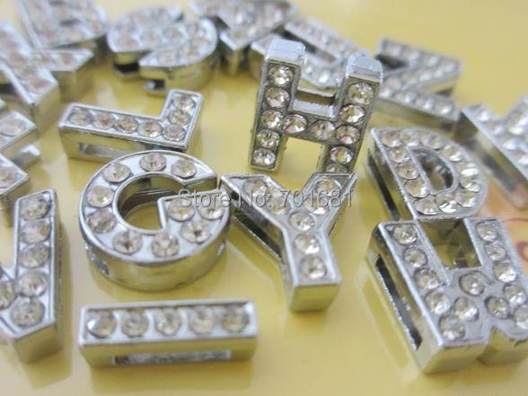520 piezas A ~ Z 8mm o 10mm letras de deslizamiento completo de diamantes de imitación A Z encantos de bricolaje se adaptan A 8mm cinturón pulseras-in Fornituras y componentes de joyería from Joyería y accesorios    1