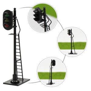 Image 4 - 3 pièces modèle chemin de fer 1: 87 rouge jaune vert bloc Signal de signalisation HO échelle 6.3 cm feu de signalisation poteau noir avec échelle