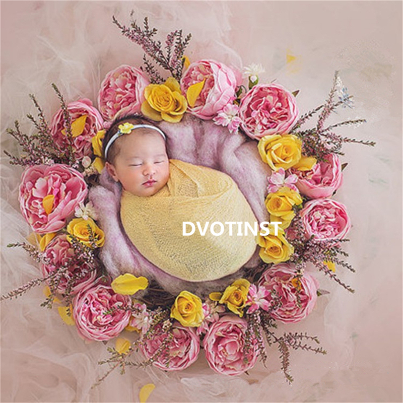 все цены на Dvotinst Baby Newborn Photography Props Round Flowers Wreath Frame Fotografia Accessories Infant Studio Shooting Photo Props онлайн