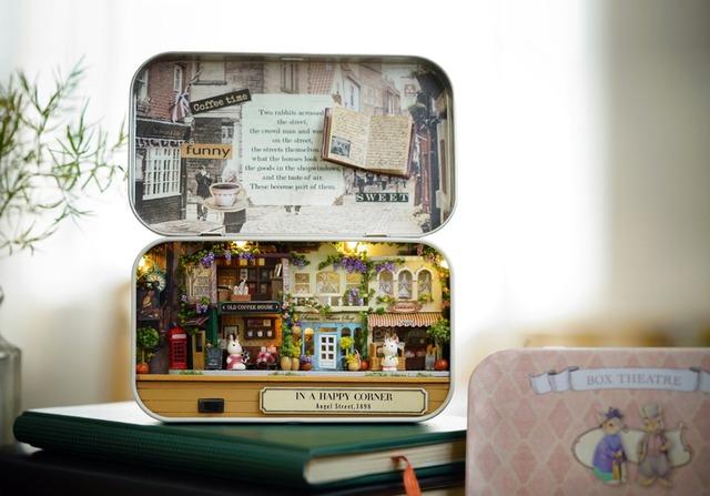 "DIY ""In A Happy Corner"" Miniature Doll House"