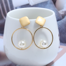 L&H Exquisite Personality Drop Earrings For Women Hollow Round with Pearl Dangle Simple Party Earings Fashion Jewelry
