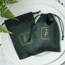 100 Flanel Koord Gift Bags Groene Sieraden Verpakking Pouches Gepersonaliseerde Logo Wedding Party Candy Sack Favor Tassen