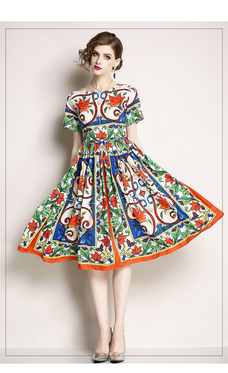 Round Neckline Printed Vintage Midi Dress