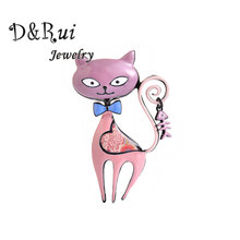New Cat Brooch for Women and Girl Zinc Alloy Chic Female Pins Brooches Charming Decoration Pin Jewelry Fashion Dress Accessories