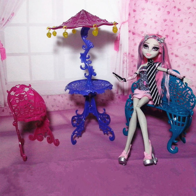 2017 New Arrival Fashion Set Furniture for Monster high Doll ( Couch Chairs + Table with & 2017 New Arrival Fashion Set Furniture for Monster high Doll ( Couch ...