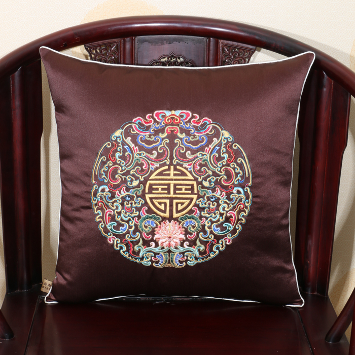 Embroidery Dragon Chinese Christmas Pillow Covers Decorative Silk Cover Cushion Pillow Luxury Sofa Chair Square Cushion Cover