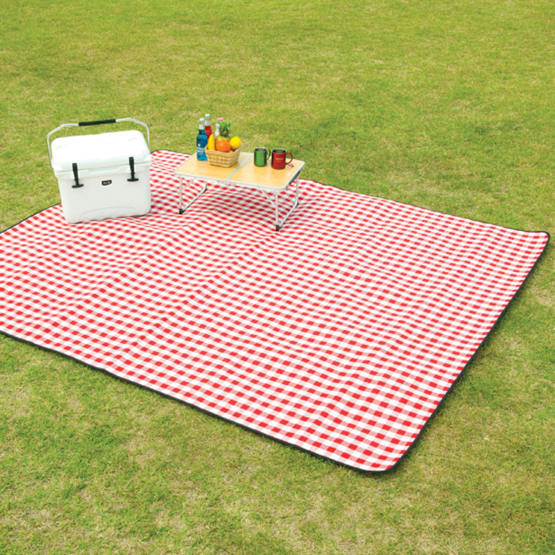Image 3 - VILEAD 240*200cm Picnic Camping Mat Folding Waterproof Beach Outdoor Pic Nic Travel Tarp Foldable Blanket Ground Dampproof Camp-in Camping Mat from Sports & Entertainment