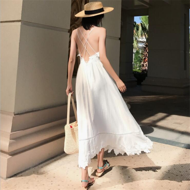 2018New Summer Fashion Woman Lolita Lace Embroidery Sandy beach Dress Backless Camisole Comfortable and Beautiful Skirt