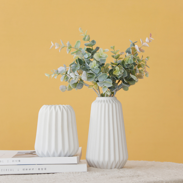 Pack of 2pcs Origami Vase Matt Ceramic Flower Vase Elegant Tabletop White Vase Home Decor Craft Water Planting Container