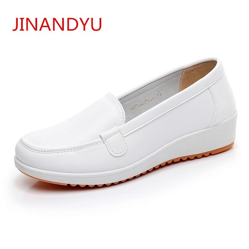 Fashion 2018 White Flat Women Flat Platform Shoes Ladies Leather Women Shoes Women Flats Slip on Shoes for Women Loafers