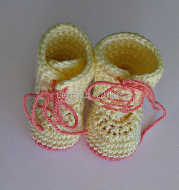 Crochet Baby Shoes Newborn Hand Crochet Baby Booties Lace up Combat Boots