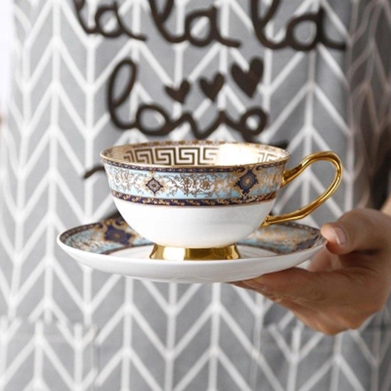KINGLANG haute qualité porcelaine tasse à café peint à la main plaqué or tasse européenne soucoupe ensemble thé anglais fleur après-midi tasse à thé