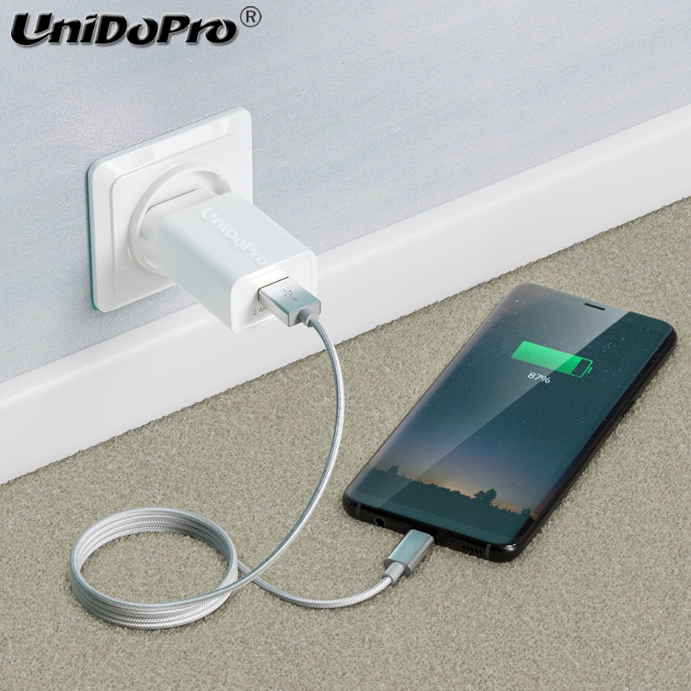 Cable-on-the-Wall-uno