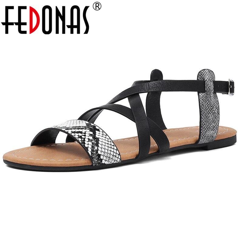 Liefdadig Fedonas Vrouwen Flats Zomer Vintage Snake Skin Sandalen Vrouwelijke Schoenen Mode Casual Schoenen Vrouw Rome Stijl Gladiator Sandalen 100% Garantie