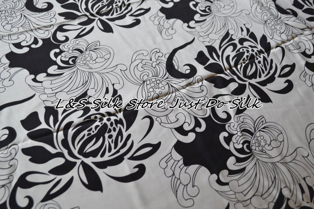 Free shipping 100% mulberry silk fabric satin textile pure printed fabric for dresses clothes bedding LS0707