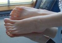 Jeune sexy fille de pieds en silicone sex toy pied fétiche jouets porno réel peau poupées de sexe en caoutchouc solide réaliste pour des machines de sexe masculin