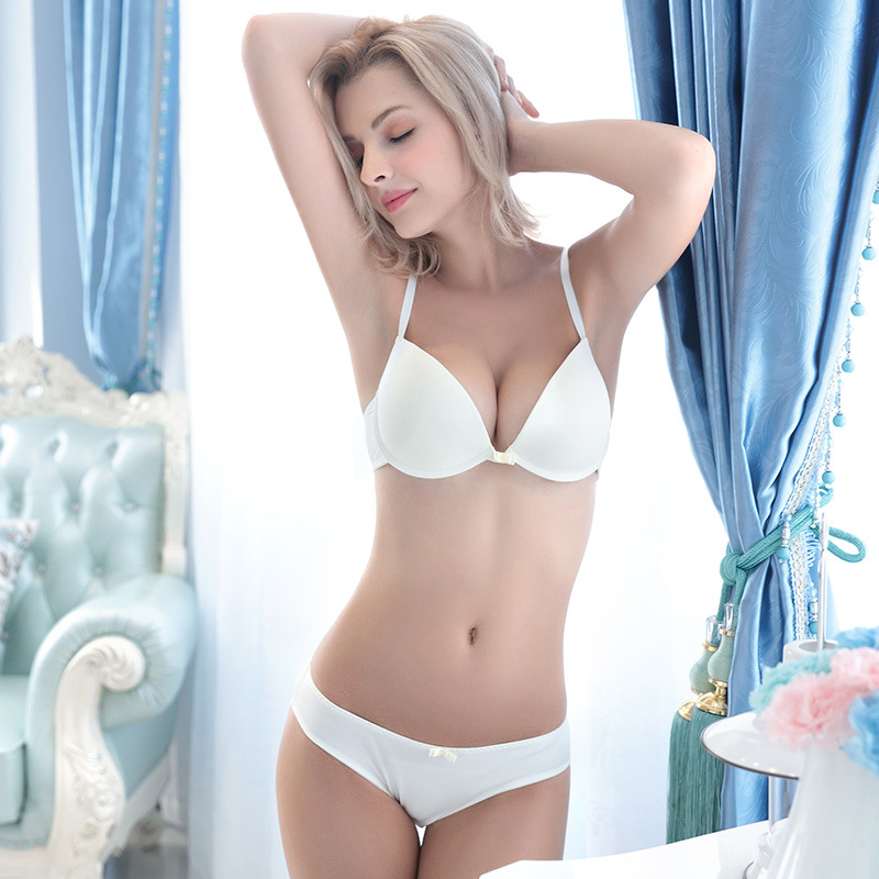 Explore our sexy lingerie sets and find the perfect set for you. For those of you lingerie lovers who love nothing more than a gorgeous new lingerie set, this is the store for you! Find the latest styles from our great collections and get your online lingerie shopping done here.