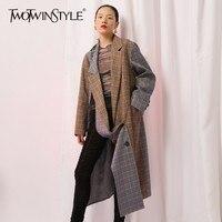 TWOTWINSTYLE Асимметричная плед для женщин Блейзер Пальто Oversize с длинным рукавом двубортный Блейзер пестрые Пиджаки Женский Уличная мода