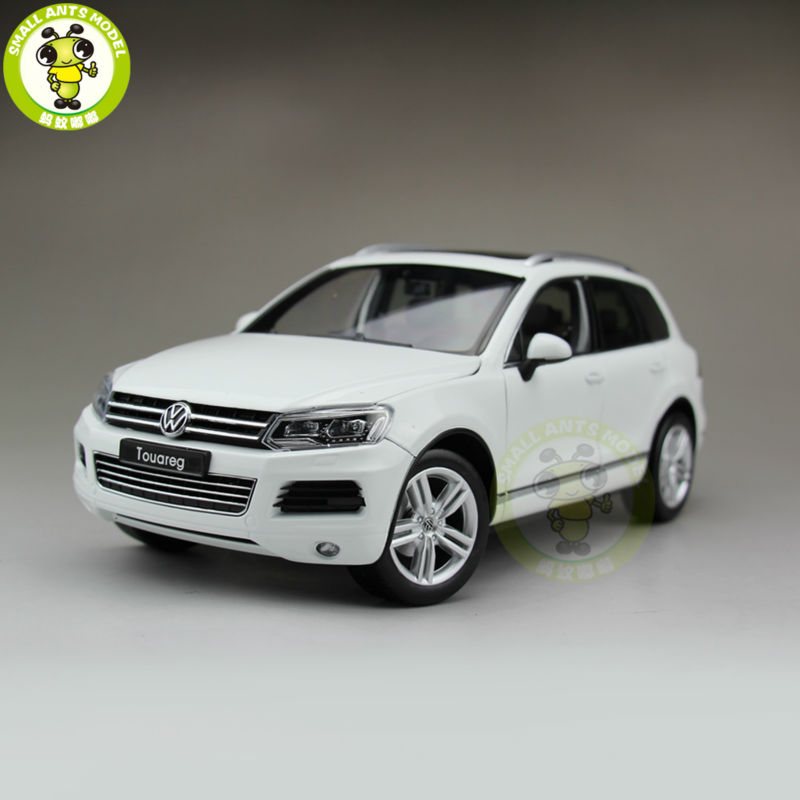 1 18 welly 11005W Touareg Diecast Model Car Suv Toys for Kids Gift Collection White