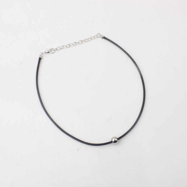 2020 basit moda tasma kolye ince siyah deri halat kolye ile gümüş kaplama metal boncuklar kısa kolye kadın