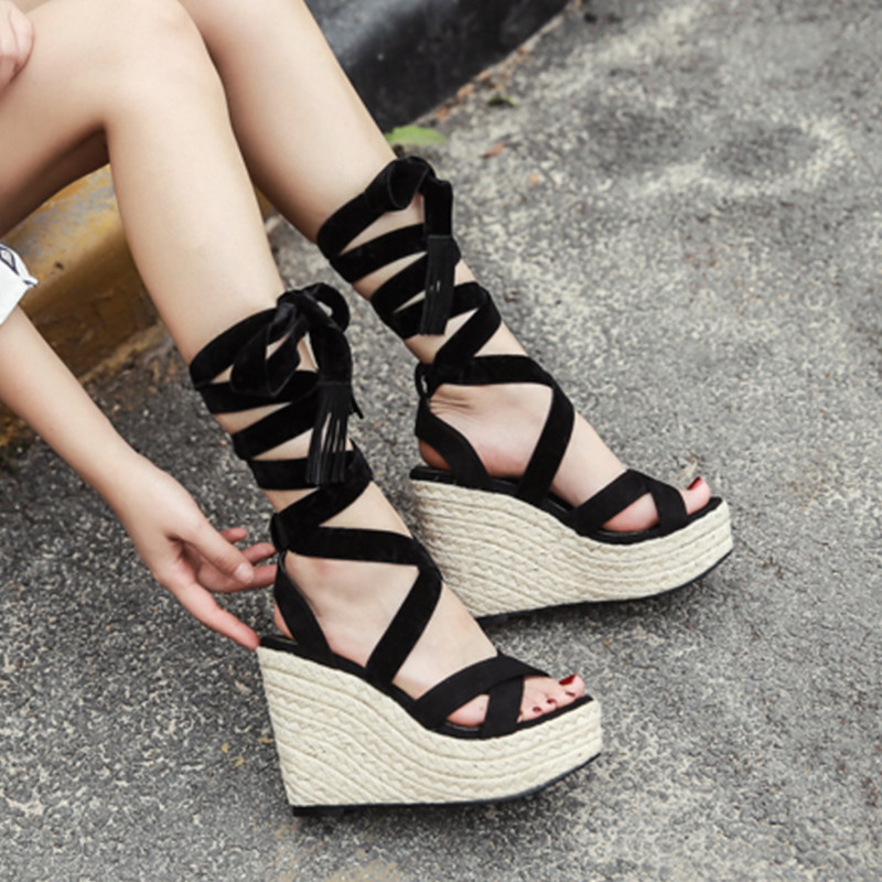 2019 summer new straw braided wedge sandals fashion Roman wind with high heels.2019 summer new straw braided wedge sandals fashion Roman wind with high heels.