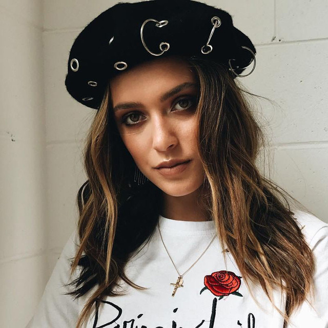 ba3046b28 US $7.21 20% OFF|Vintage Wool Beret Hat Women Punk Metal Ring Hoop Beret  Flat Cap Elegant Ladies French Hats Autumn Winter Hip Hop Baret-in Berets  ...