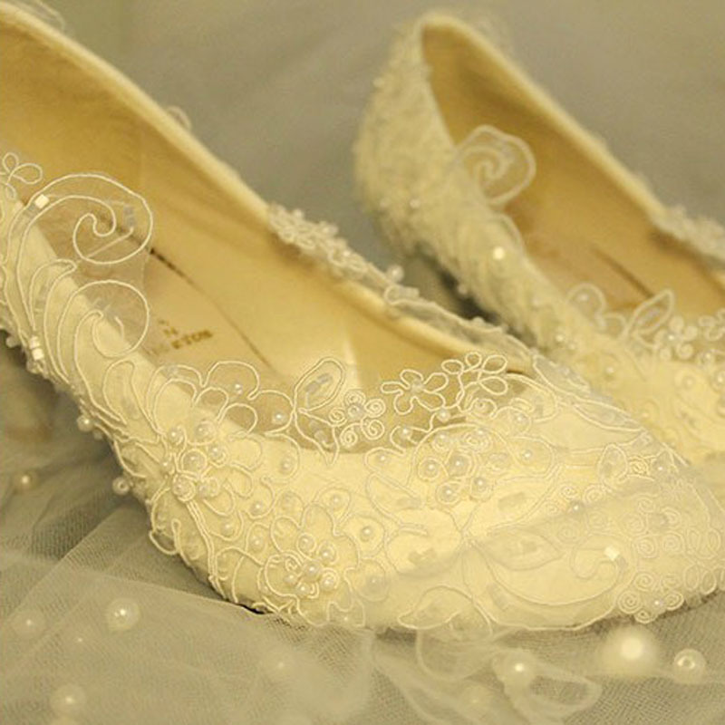 Free Shipping Lace Wedding Bridal Dress Shoes Ultra Luxurious White Upper Beaded Wedding Gift Fashion Dancing
