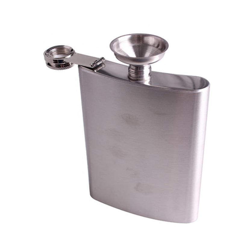 Portable 18oz/510mL Stainless Steel Hip Flasks Liquor Whisky Alcohol Flask with Screw Cap Funnel Cap High Quality Hip Flasks New