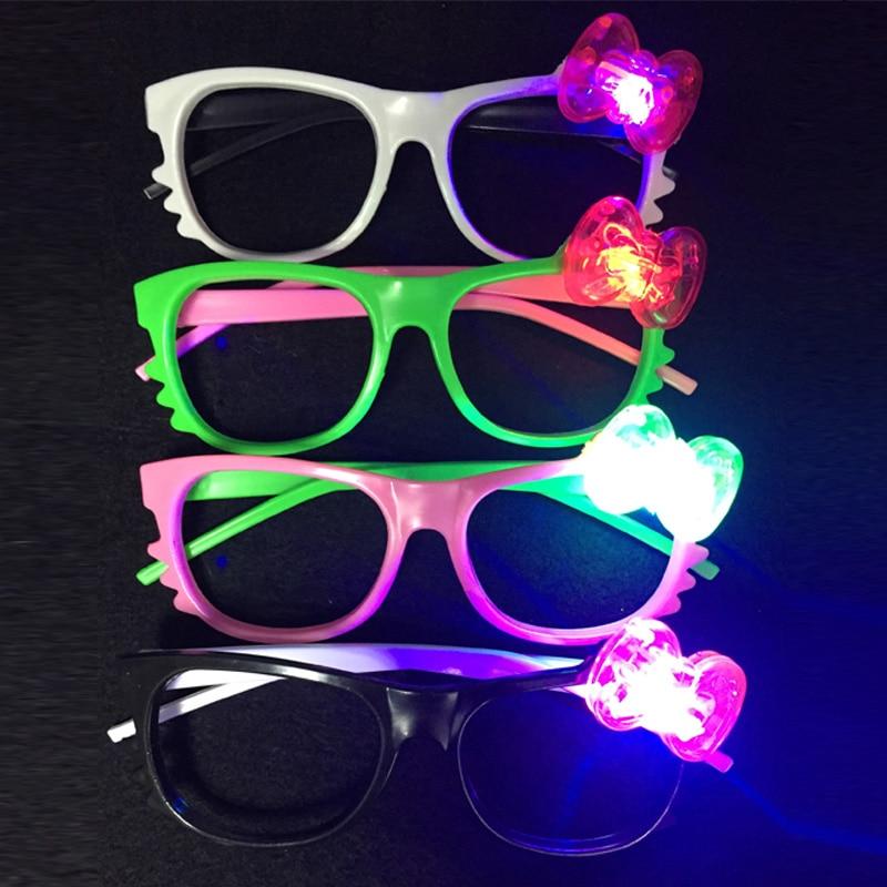 6pcs / lot LED led 안경 깜박이 귀여운 만화 안경 스톨 조명 장난감 크리스마스 파티 장식 용품