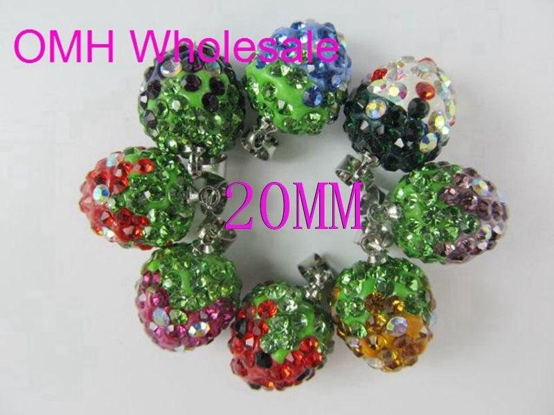 1517f9b18537 OMH por mayor 10 unids 20mm DIY AAA + + de la joyería encantos de cristal  fresa corazón colgantes para collar pendientes PJ311