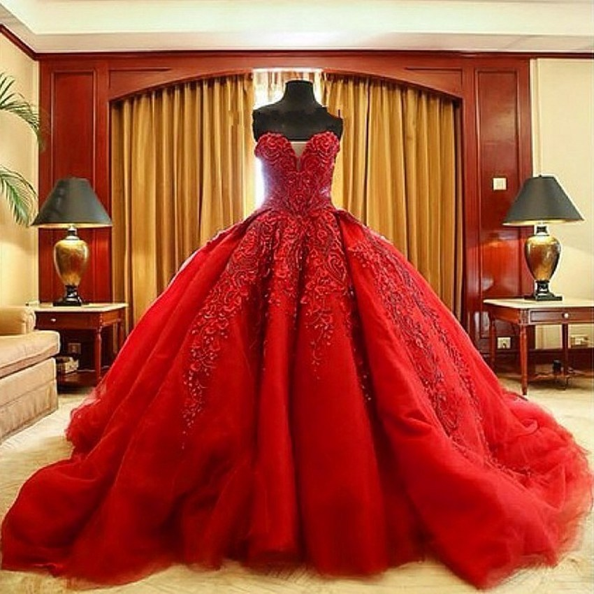 Luxury Red Ball Gown Wedding Dresses Beaded Embroidery