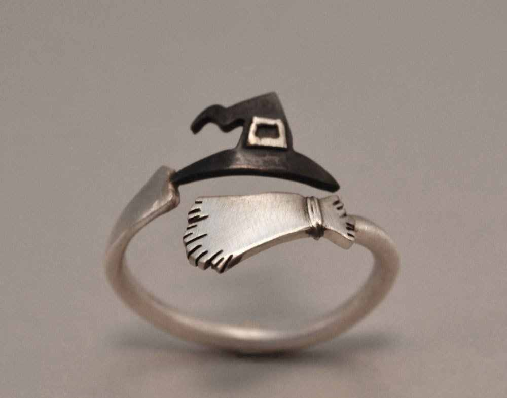 Selling new 925 silver ring Halloween ghost witch hat broom open ring Europe American creative jewelry accessories gift