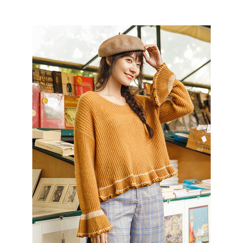 INMAN 2019 Spring Autumn New Arrival V Neck Flare Sleeve Loose Style Women Pullover Sweater