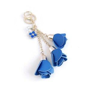 Image 2 - Dhlfree 100pcs 18 색 매력 가죽 장미 꽃 열쇠 고리 술 꽃 열쇠 고리 여성 열쇠 고리 가방 지갑 펜던트 쥬얼리