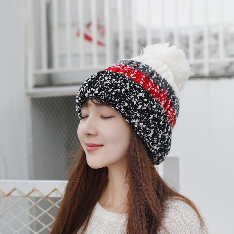 44d4b485627e9 ... oZyc 2018 new Women s Winter Slouchy Knitted Hat Fleece Lined Cable  Faux Fur Pom Beanie Hat ...