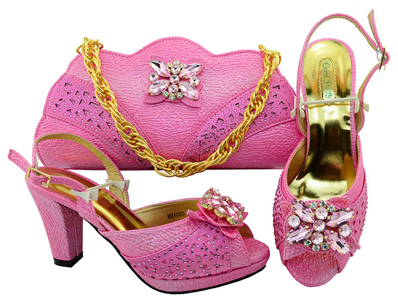 Italian Design Pink Color Shoes With Matching Bag Set For Wedding Party Nigeria New Fashion Women Pumps Shoes and Bags MM1060 italian design royal blue shoes with matching bag set for wedding party nigeria new fashion women pumps shoes and bags mm1060