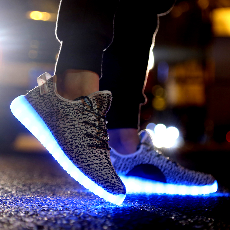 a546eeb0f Plus Size 46 LED Shoes for Adults Men LED Light Up Shoes Gray Tenis Men  Trainers Basket Zapatillas Kanye West Zapatos Dirigidos-in Men s Casual  Shoes from ...