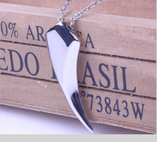 1pc Fashion Men's Necklace 316L Stainless Steel Wolf Tooth Necklace Animal Pendant Necklaces 316L Stainless