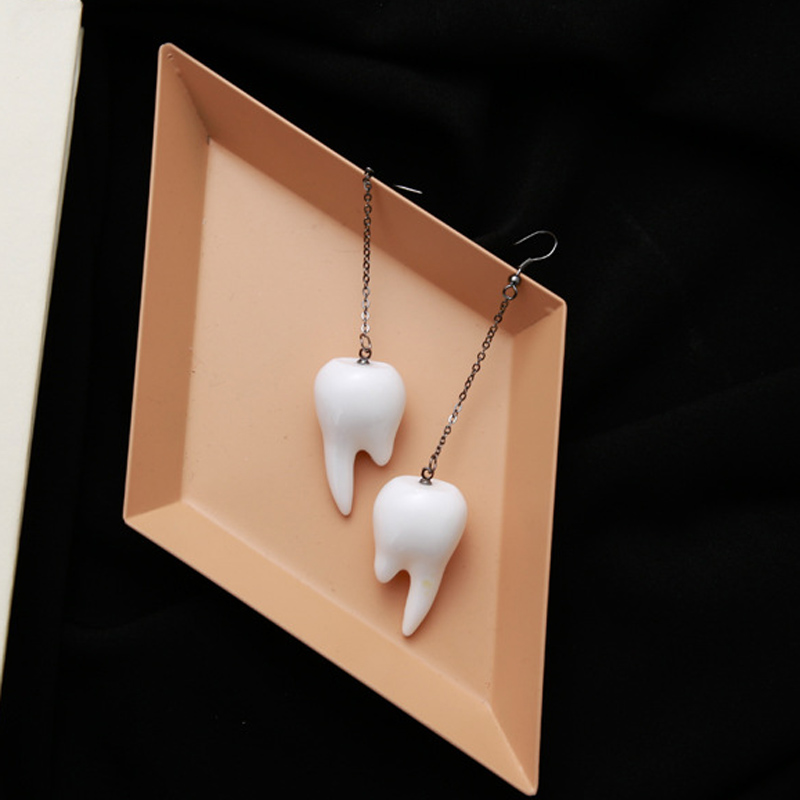 Beautiful Creative White Teeth Drop Earrings Exaggerated Funny Punk Style Spoof Apathy Long Earring for Women Party Jewelry Gift
