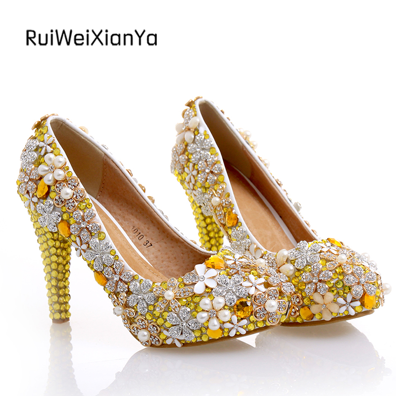 2017 New Fashion Spring Ladies Platform Single Shoes Woman Pumps High Heels Luxury Gold Crystal Wedding Shoes for Bride Hot Sale 2017 new fashion spring ladies pointed toe shoes woman flats crystal diamond silver wedding shoes for bridal plus size hot sale