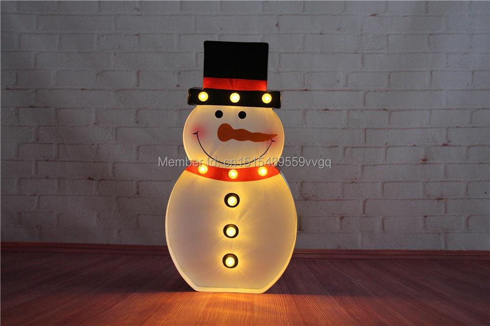 цена  METAL LED Marquee Sign LIGHT UP - Vintage christmas snownman image night  light  holiday Indoor Deration  онлайн в 2017 году