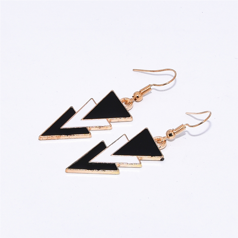 Korea Fashion Geometric Earrings Statement Black White Triangle Dangle Drop Earrings for Women Jewelry Oorbellen Aretes De Mujer 3