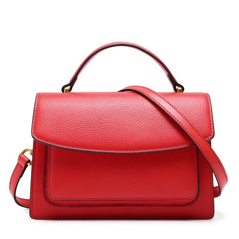 1417f6bd2252 Женская новая кожаная маленькая сумка ck Корейская версия дикого верхнего  слоя кожи slung модная сумка через