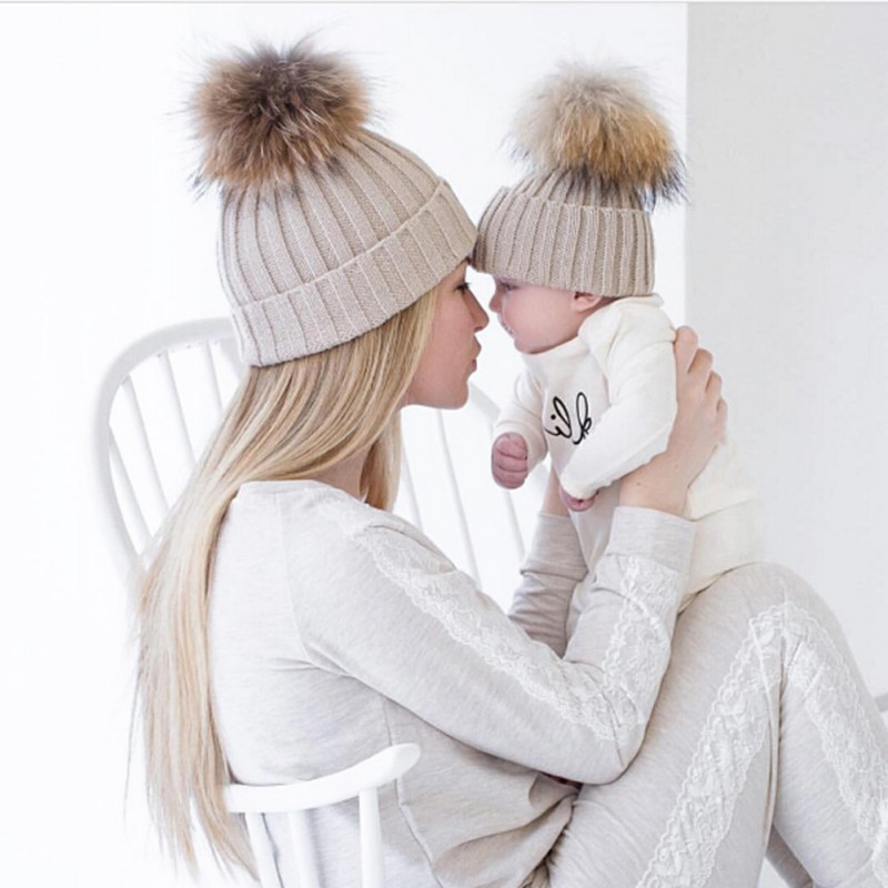2Pcs Mother Kids Child Baby Warm Winter Knit Beanie Fur Pom Hat Crochet Ski Cap Cute 2018 New arrival Mom And Baby Knited Hats new natural raccoon fur pompom hat thick winter for women cap beanie hats knitted cashmere wool caps female skullies beanies