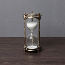 Europe 15min or 30min decorative metal hourglass household items sandglass liquid timer gift box for home decoration SL001