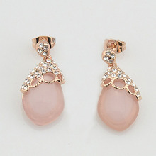 USTAR created Pink Opal Stud Earrings for women Hollow out Rose Gold color Austria Crystal Earrings jewelry female brincos S8