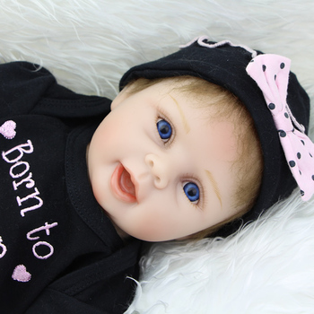 """KEIUMI 22"""" Soft Silicone Reborn Dolls Babies Real Like Smile Kids Playmate PP Cotton Body 55cm Reborn Baby Girl Birthday Gifts"""
