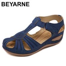 BEYARNE artı boyutu moda yaz kadın sandalet kadın plaj ayakkabısı ayakkabı kama yüksek topuk rahat hafif Platform SandalsE597