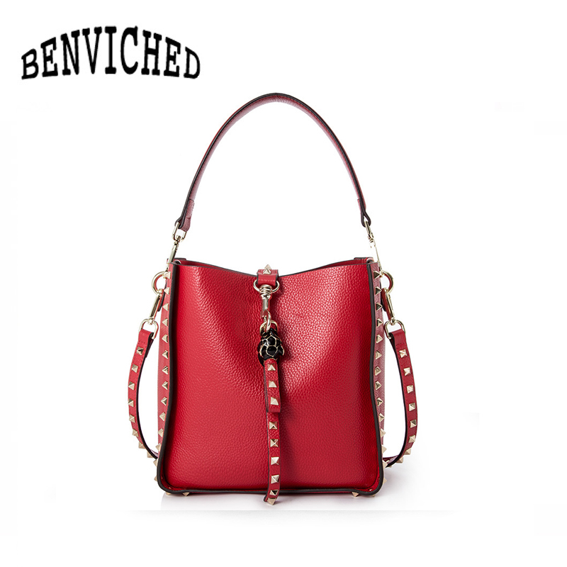 BENVICHED 2018 New Women Genuine Leather Handbags Big Fashion Rivet Shoulder Bag Large Capacity Bucket Bags bolsa feminina L078