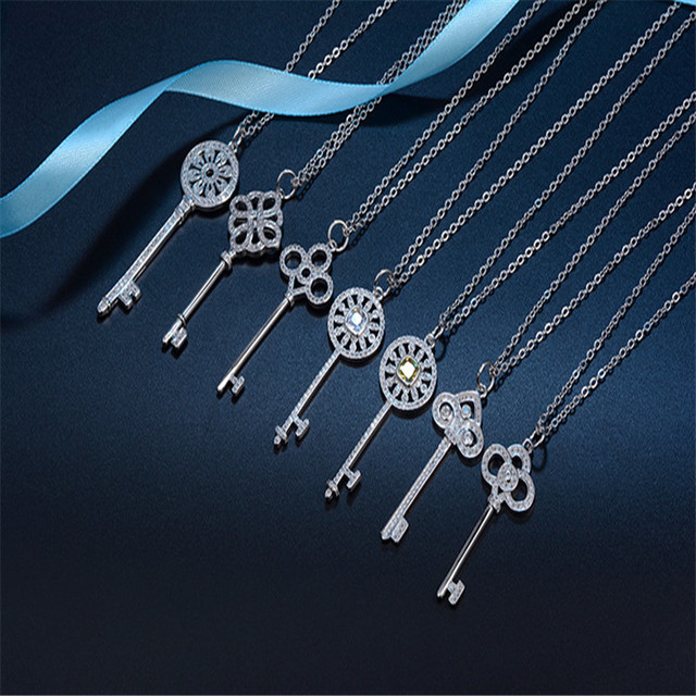Fashion 925 Silver Key Necklace Pendant Jewelry Bride Wears Women Girls Holiday Gifts